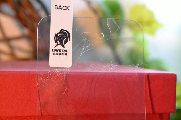 割れたクリスタルアーマーiPhone5s1