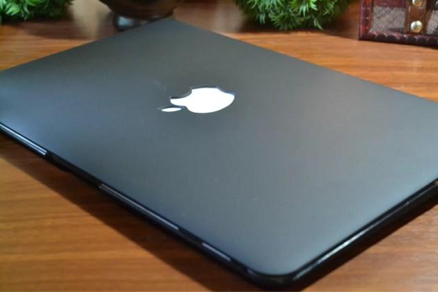 MacBook Airのブラックケースの質感が好き1