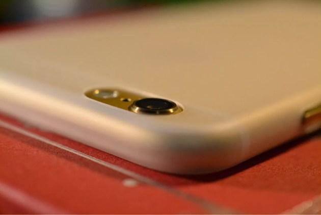 カメラの突起部分よりも薄いiPhone6ケース