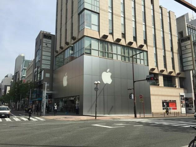 AppleWatch発売日のAppleStoreの様子