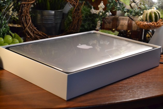 MacBook Proの箱1