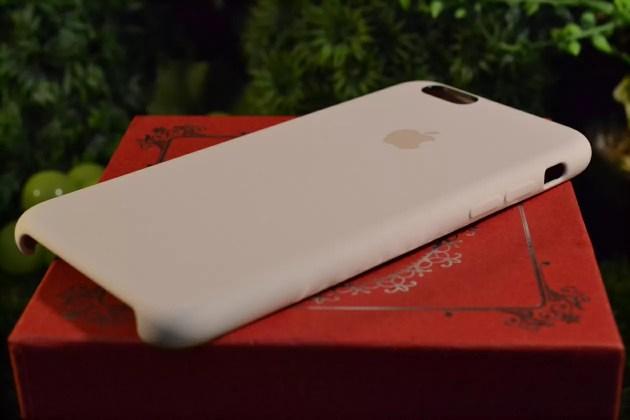 iPhone6s用Apple純正シリコンケースアンティークホワイトレビュー2