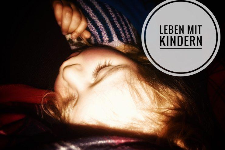 Kindererziehung – Merlin schläft auch von allein.