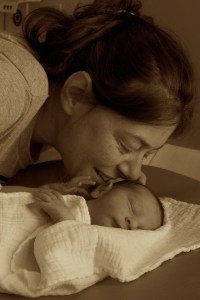 Nach der Geburt – Mama und Sohn