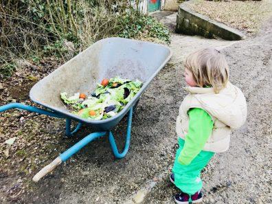 Gärtnern mit Kindern – Erster Besuch im Naturkindergarten.