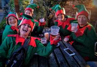 Elves in the pub!