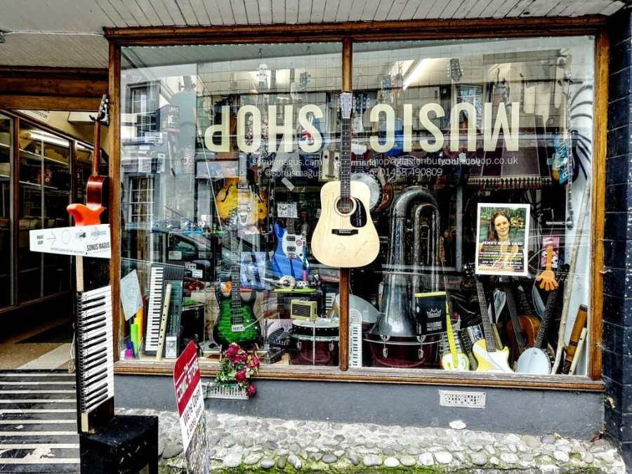 Sonus Magus Music Shop in Glastonbury Shopfront