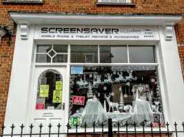 Screensaver Glastonbury Christmas Window 2018