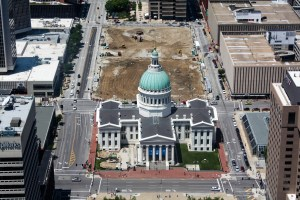 Old Courthouse from the top of the Arch