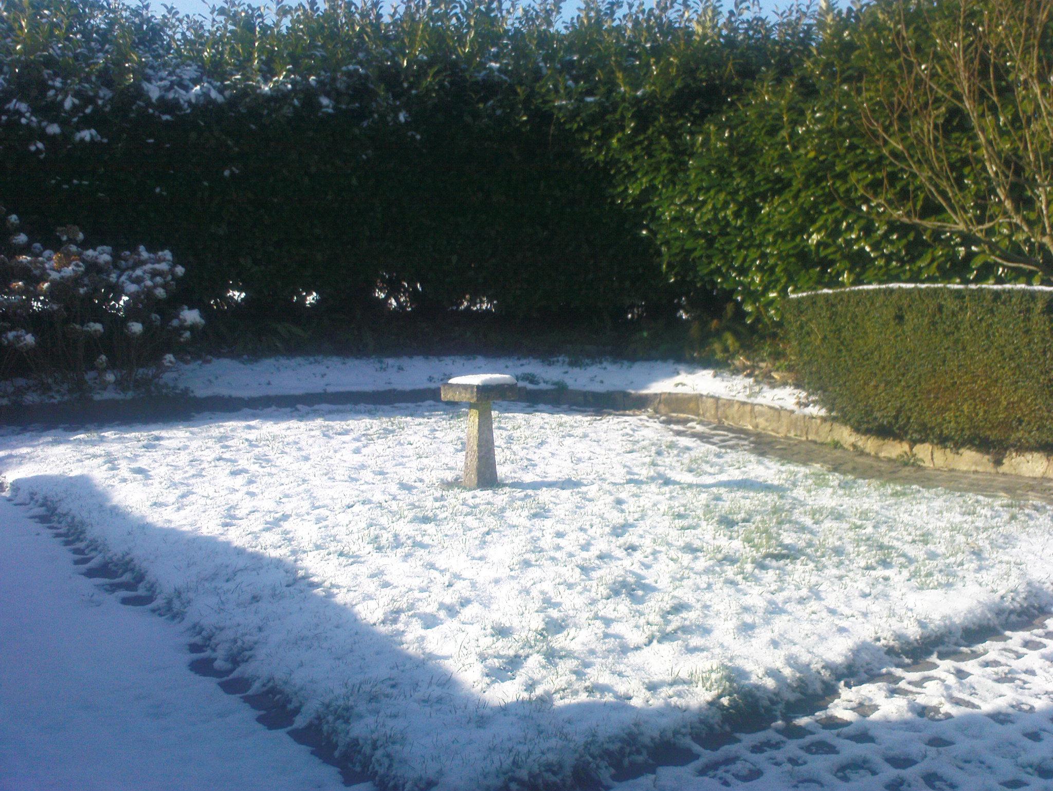 normandy-snow-feb-2009-021