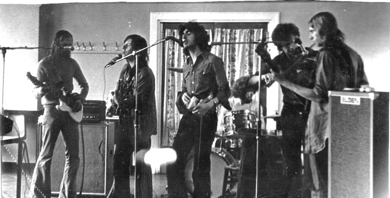 Window Bill, the band, in rehearsal
