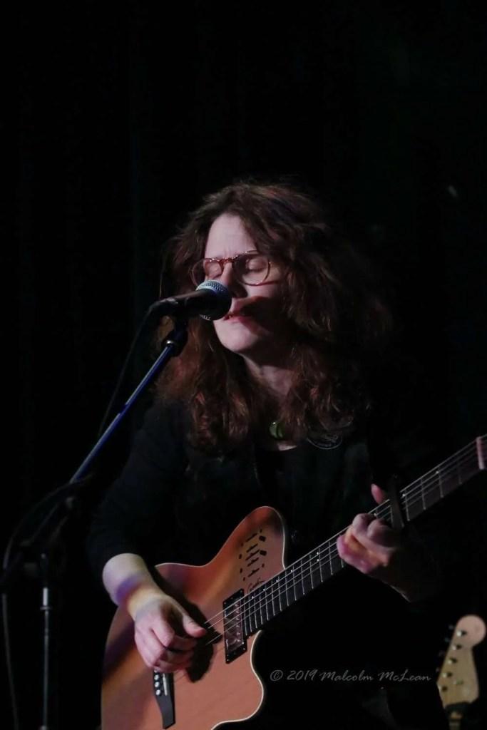 Fiona Thom