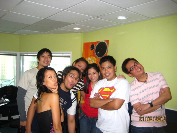 Some of the BMGers with DJs Lily, Jaypee & Rayu