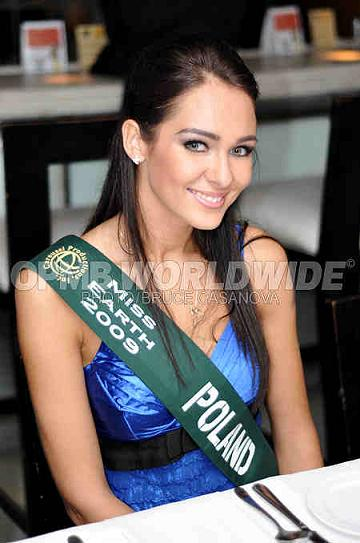 Miss Earth Poland Izabela Wilczek