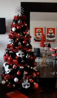 Oh Christmas Tree, Oh Christmas Tree, How Lavishly ...
