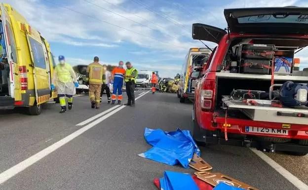 Una mujer muere en un accidente en La Albuera