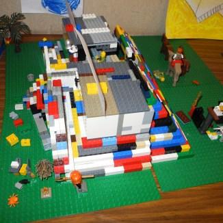 Lego Ziggurat