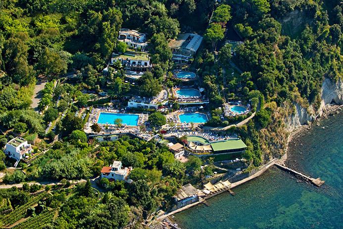 термальные курорты в Италии острова Искья