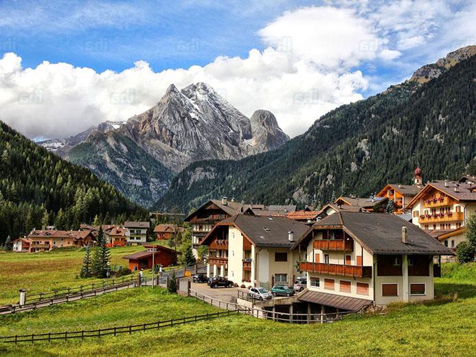 гостиница в Доломитовых Альпах