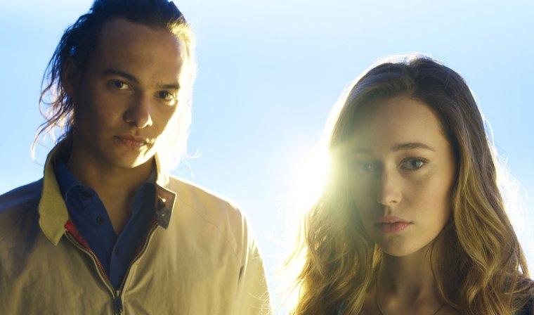 Nick (Frank Dillane) and Alicia (Alycia (Fear The Walking Dead, AMC Network)