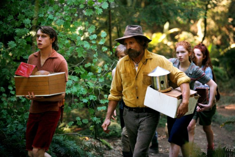 Ben (Mortensen) and his children (Captain Fantastic, Entertainment One)