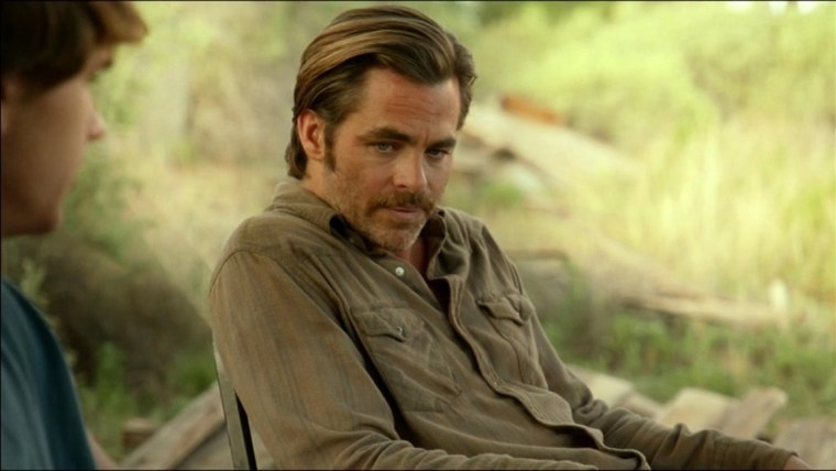 Toby (Pine) looks a little worse for wear (Hell Or High Water, Paramount Pictures)