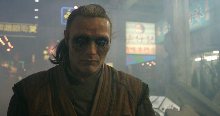 The evil sorcerer Kaecilius (Mads Mikkelsen) (Doctor Strange, Marvel Studios)
