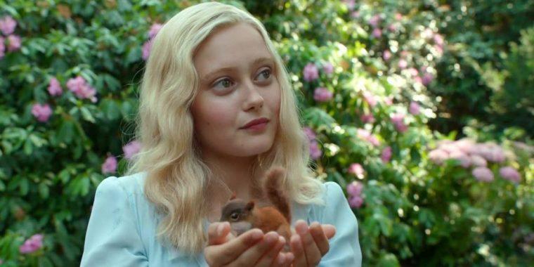 Ella Purnell plays air-wielder Emma Bloom in this dark fantasy tale (Miss Peregrine's Home For Peculiar Children, 20th Century Fox)