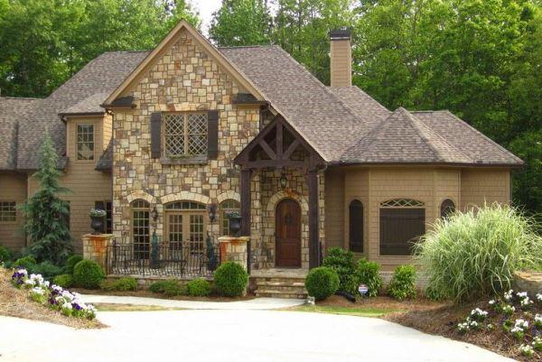 Canton Estate Home In Governors Preserve