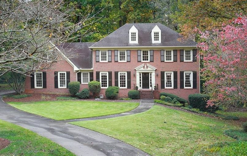 Dekalb County Living In Dunwoody Club Forest