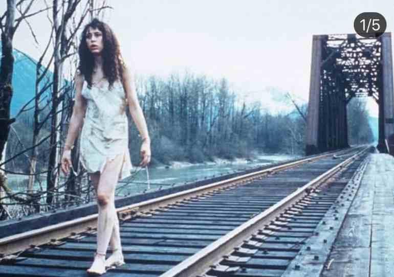 Ronette Walking Across Bridge After Laura Palmer's Murder