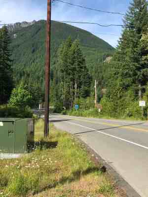 Snoqualmie Valley Trail Mt Si Rd Looking Towards Mt Si