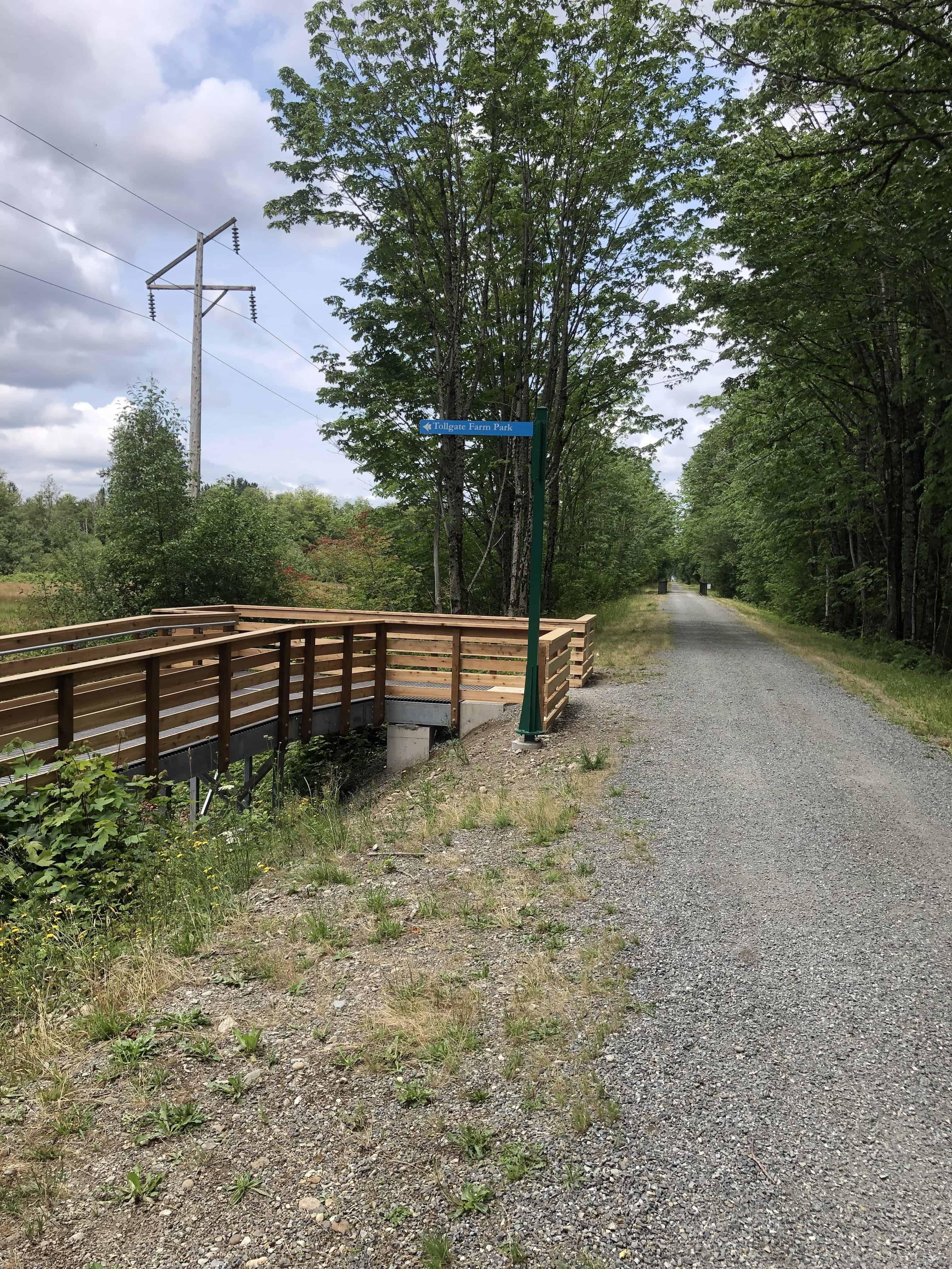 Snoqualmie Valley Trail - Tollgate Farm Park Junction