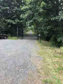 Snoqualmie Valley Trail Elk Gate. Please close after you pass through