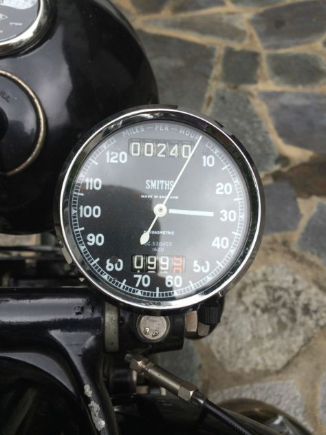 Vincent Rapide Series C - Gauges
