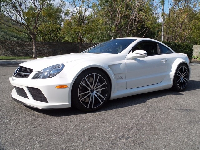 mercedesbenzsl65blackserieswhite1a