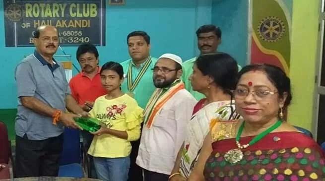 Assam: Rotary Club felicitates North East quiz champion Swarupa Das