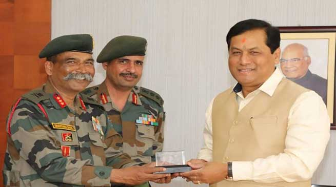 Assam: GOC GajrajCorps calls on Governor and and CM