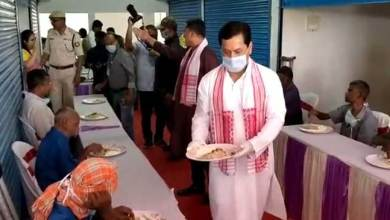 Assam: CM spend first day of Assamese New Year with homeless people in Dibrugarh