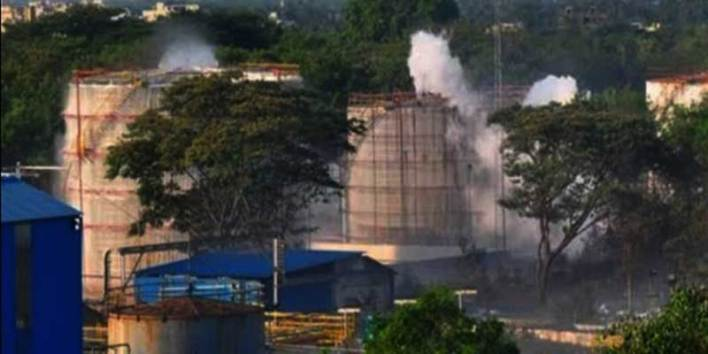 Gas Leak At Andhra Chemical Plant:  8 Dead, 200 admitted to  Hospitalised