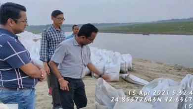 Assam: DDC inspects anti erosion work at Kalinagar in Hailakandi