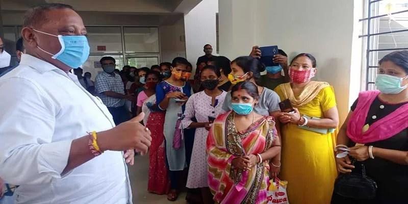 Assam: Minister Suklabaidya supervises intensified vaccination drive in Hailakandi & Karimganj districts