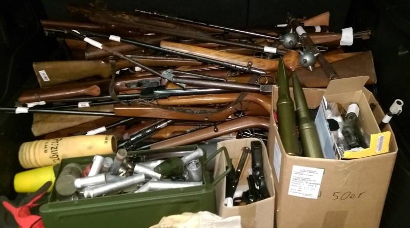 700 Kilo Waffen und Munition aus Northeimer Kreishaus entsorgt