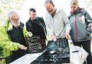 Northeimer finden 100 Jahre alte Grabplatten im Garten