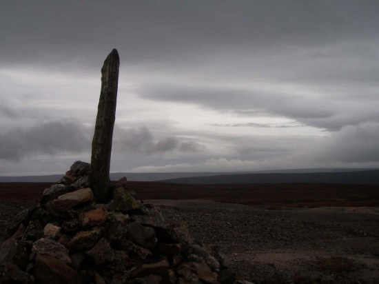 cairn on great pinseat, swaledale