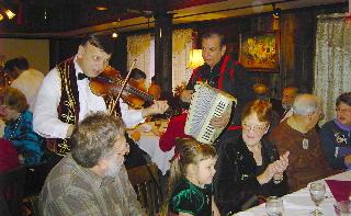 Gypsy Fiddler at Christmas