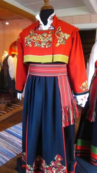 Bunad khas Telemark