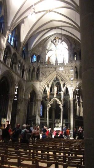 Bagian depan gereja tempat altar utama berada