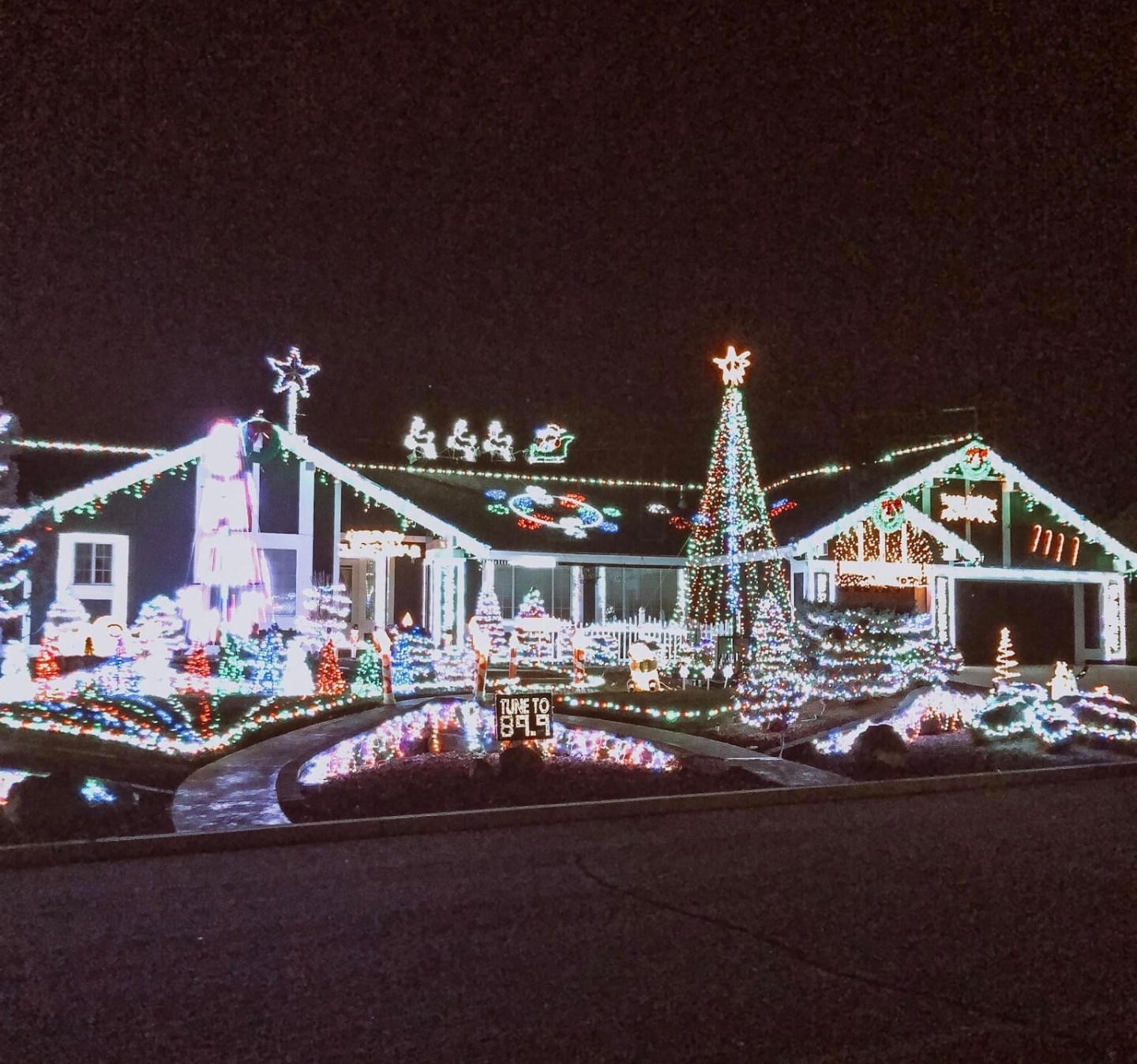 Best Christmas Decorations Cold Dprings Nv 2020 Christmas Light Hotspots | Northern Nevada Moms