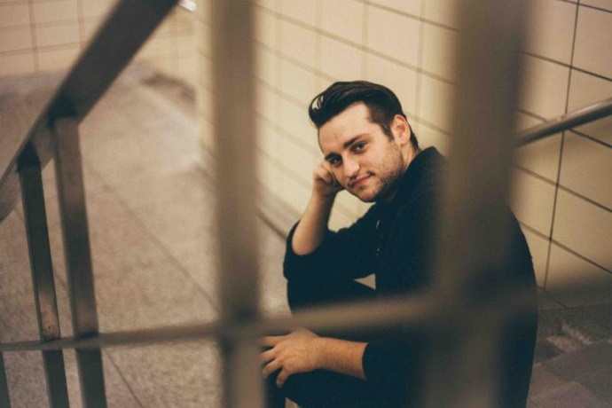 """Avenue, has shared his single and opening song """"Last One Out"""", off his upcoming release and debut EP Keep Counting,"""